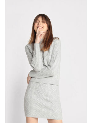 Pull manches longues torsade gris clair femme