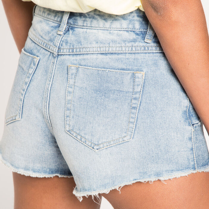 Short en jean destroy patchs denim stone femme